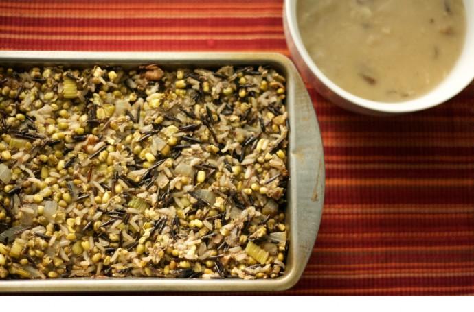 Vegan Lentil Loaf With Mushroom Gravy